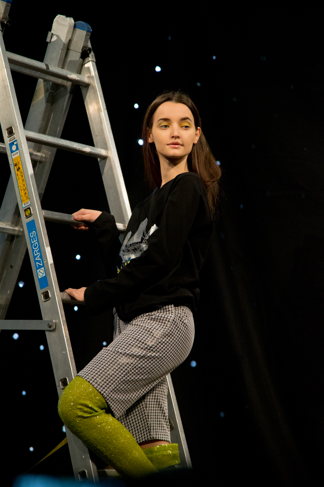 London-Fashion-Week-AW16-Carro-Studio-Point-Blank-17