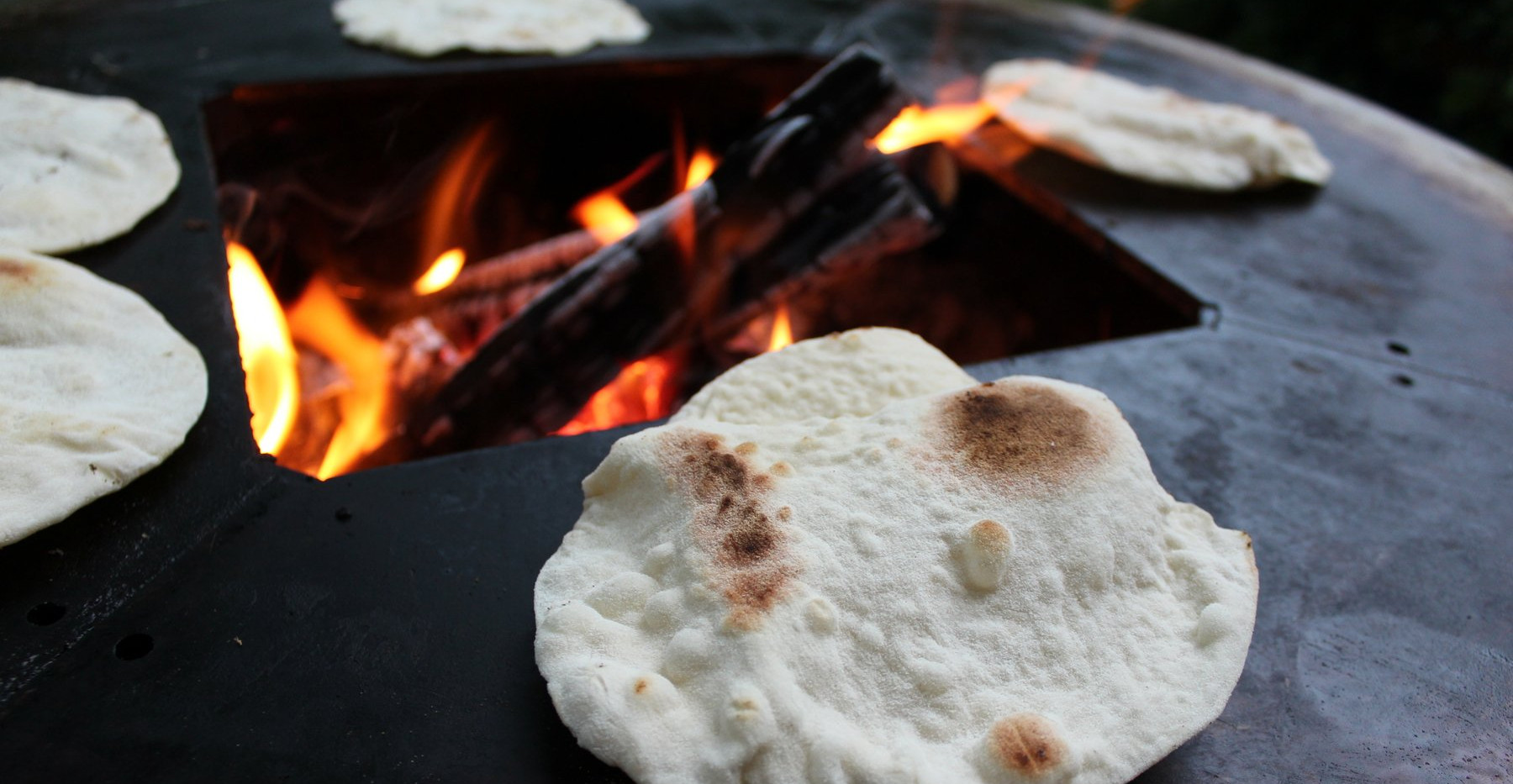 Naan bread on the Ringgrill
