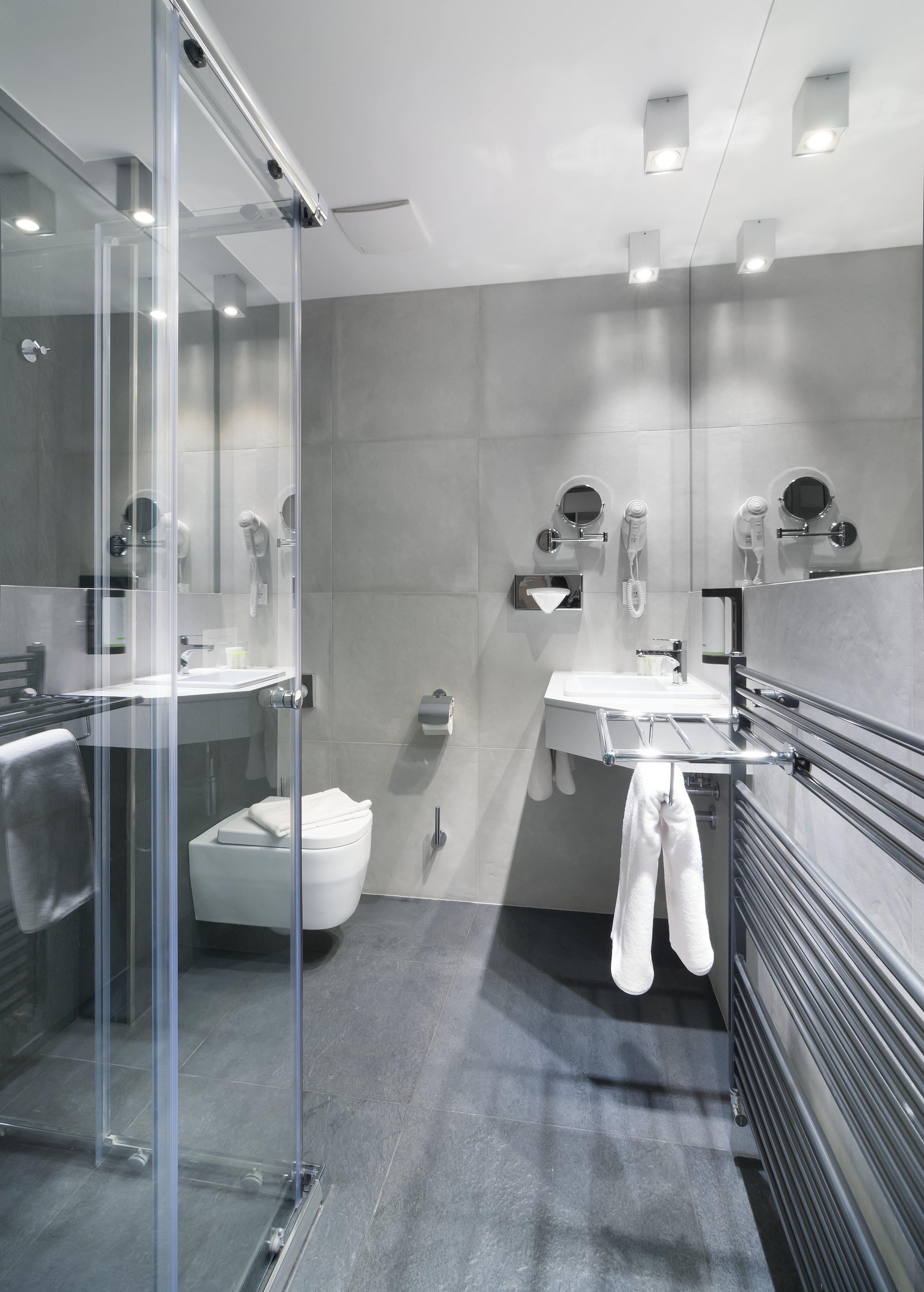 double-room-koupelna