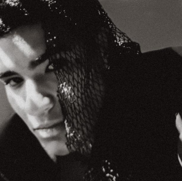 Model: Kriss W Hidalgo