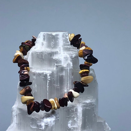 Mookaite Crystal Chip Bracelet - Evoking Serenity