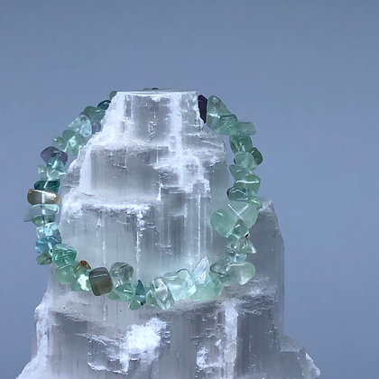 Fluorite Crystal Chip Bracelet - Evoking Serenity