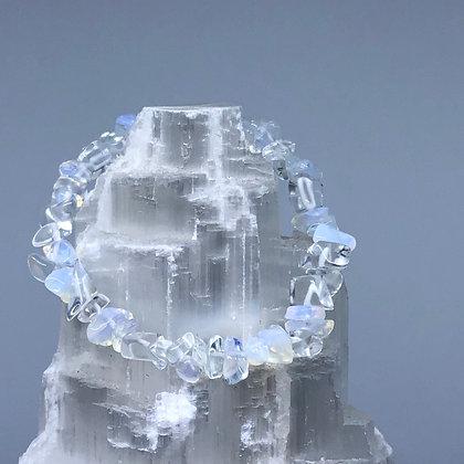 Gyrasol Crystal Chip Bracelet - Evoking Serenity