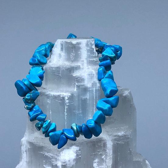 Blue Howlite Crystal Chip Bracelet - LMG Rocks and Crystals