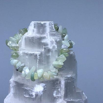 New Jade Crystal Chip Bracelet - Evoking Serenity