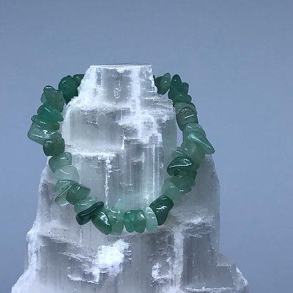 Aventurine Crystal Chip Bracelet - Evoking Serenity