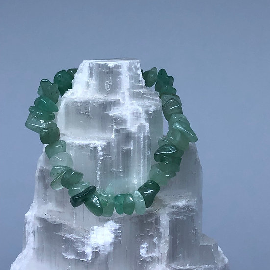 Aventurine Crystal Chip Bracelet - LMG Rocks and Crystals