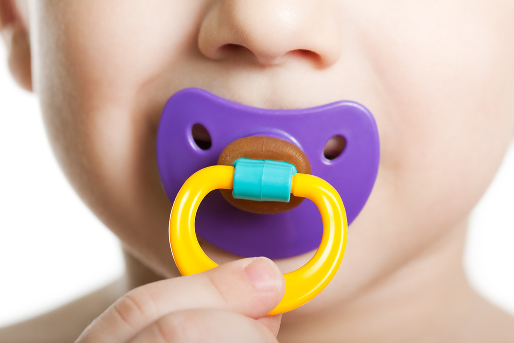 stop sucking pacifier