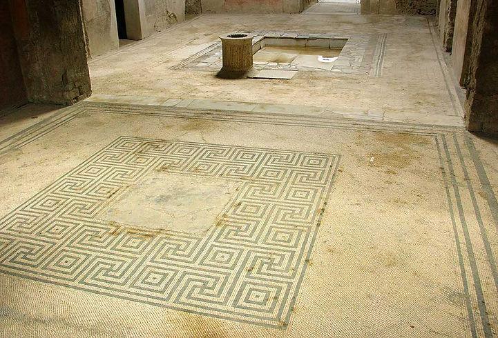 Mosaic Floor – Pompeii  © John Lovett
