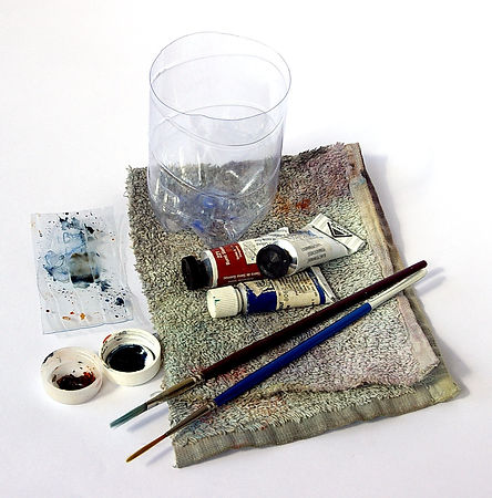Small limited palette watercolor kit