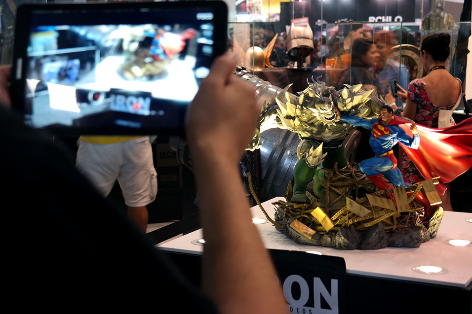 CCXP Iron Studios - Superman vs Doomsday