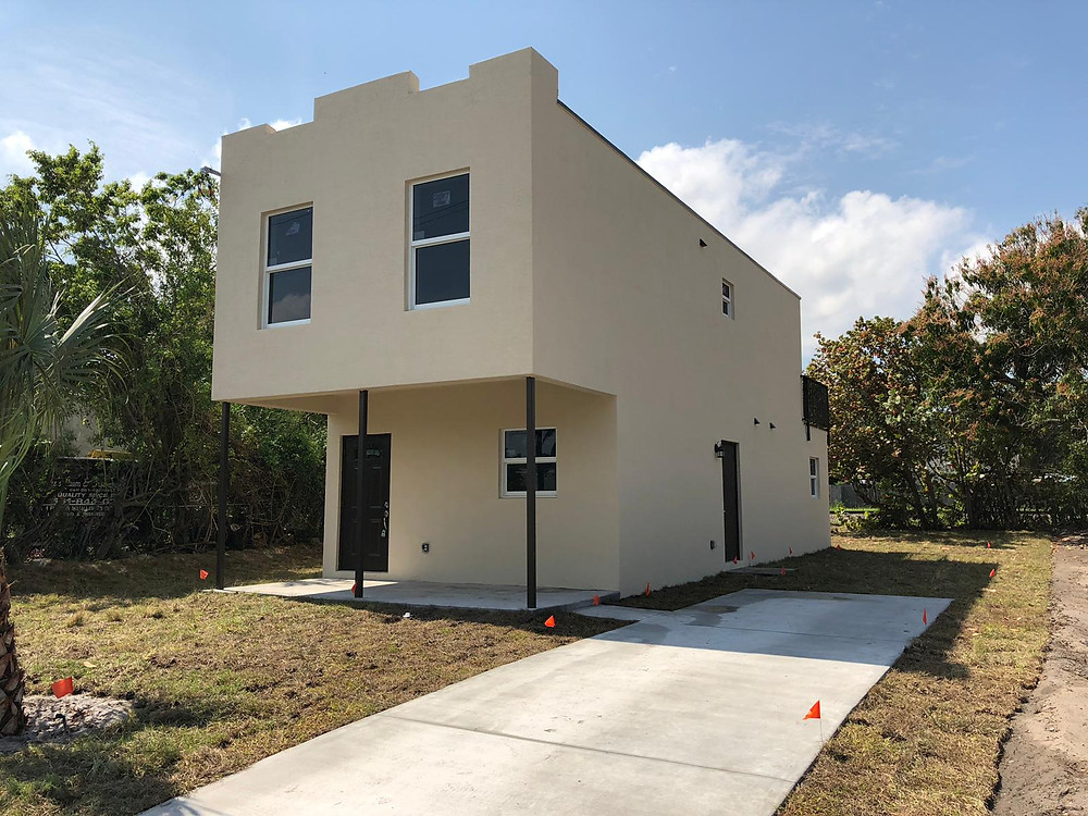 West Palm Beach Container Home accommodating Mid-Low Income workforce housing