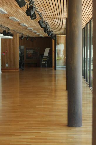 Hall de l'Espace Jéliote 2.jpg