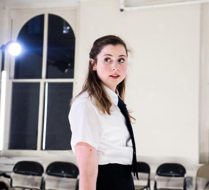 Alyssa May Gold as Brutus 📷  Carol Julien