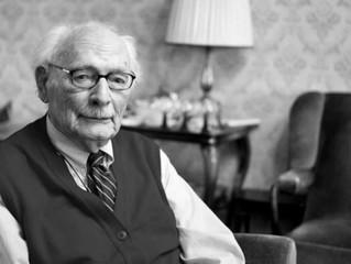 Johan van Hulst, un maestro holandés que salvó a cientos de niños judíos durante el Holocausto, muer