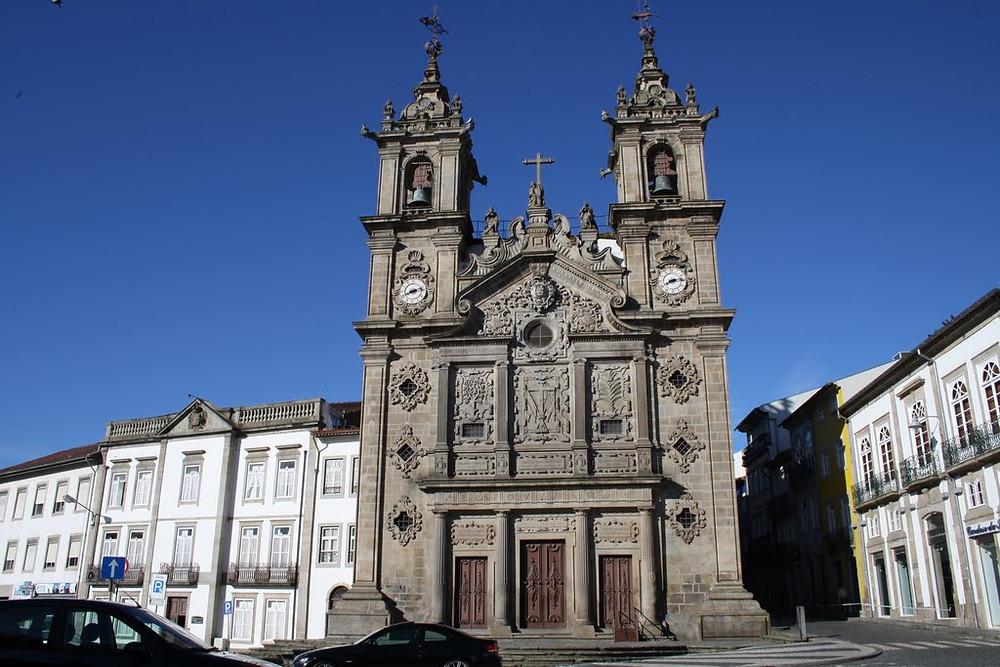 церковь Сан-Жуан-ду-Суту