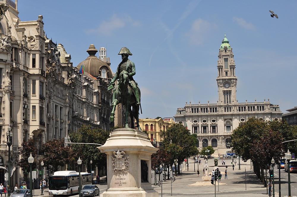 Достопримечательности Порту, Praça da Liberdade
