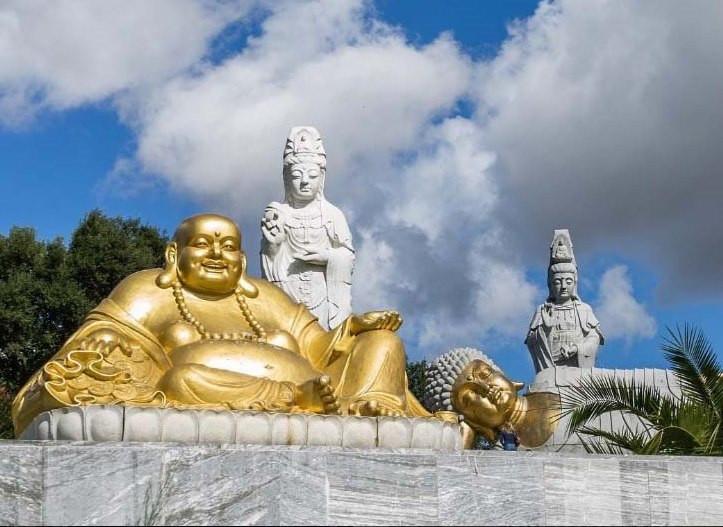 Интересные места Португалии, Райский сад Будды