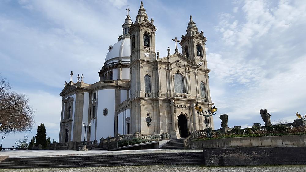 Святилище Бон-Жезуш-ду-Монти, достопримечательности Португалии