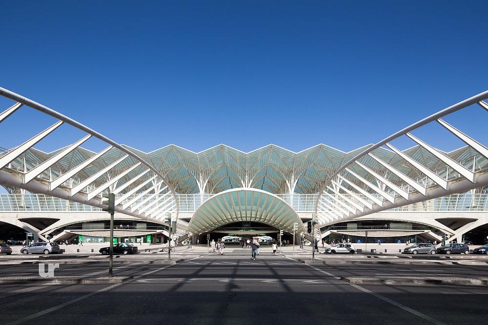 Интересные места в Португалии, Парк Наций, вокзал Ориенте, Oriente