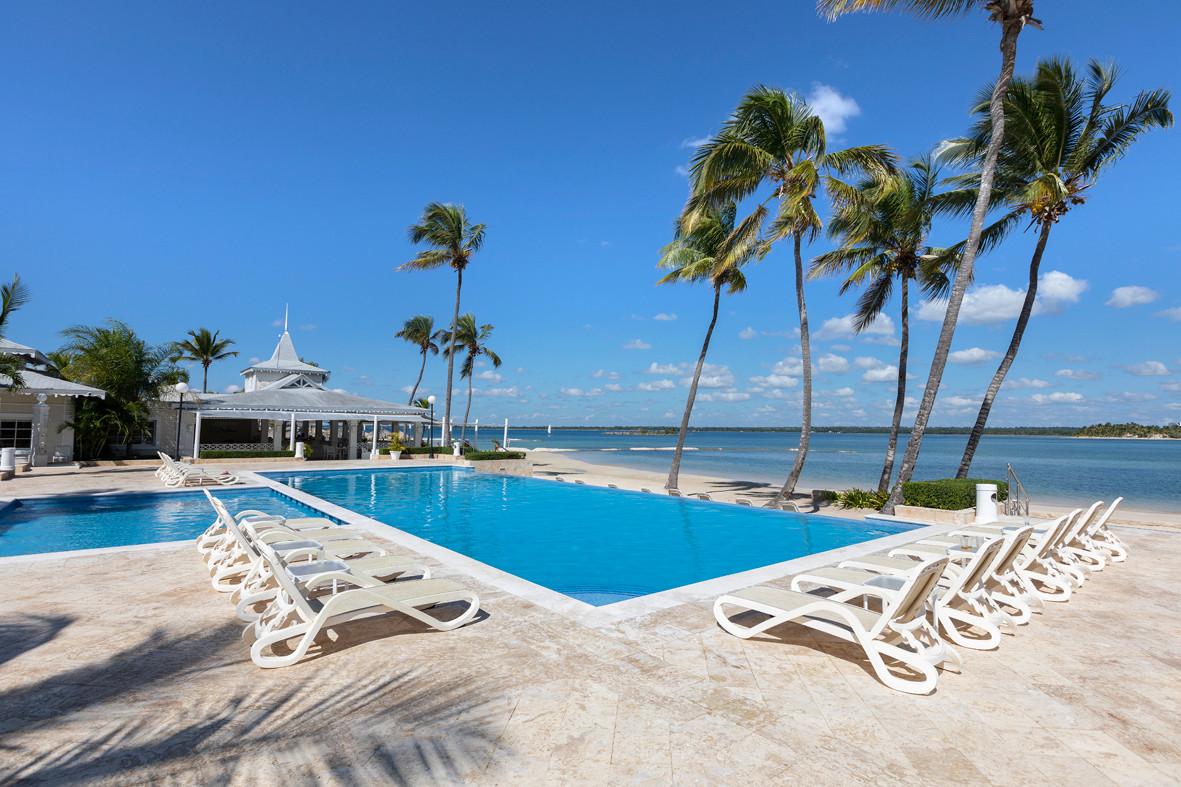 Beach Club Playa Nueva Romana