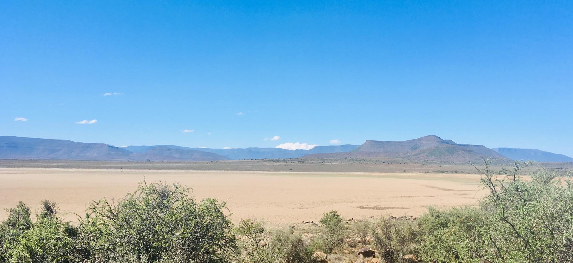 Empty dam, Camdeboo
