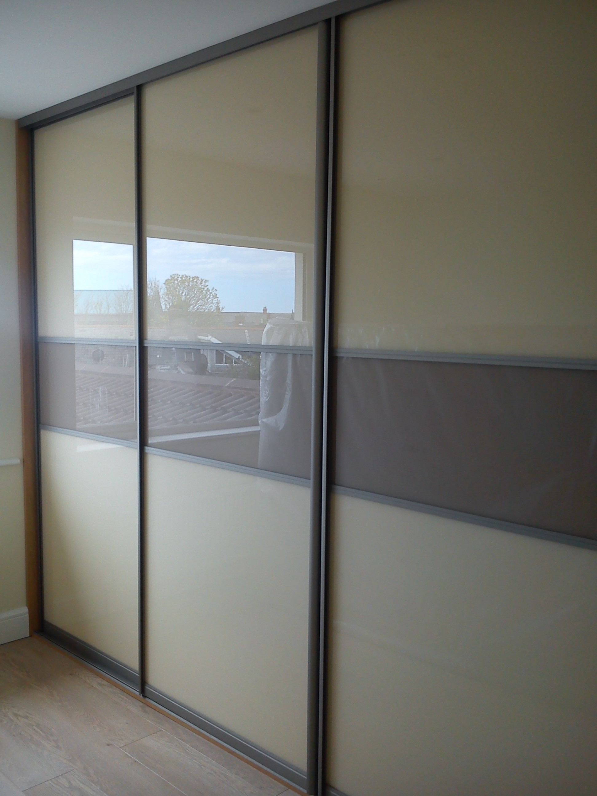 beige and cappuccino sliding doors