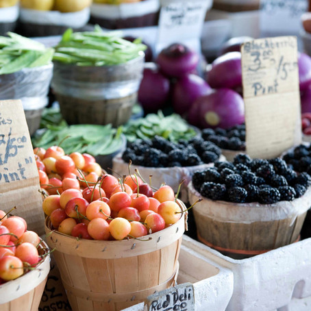 Farmers Markets with Social Distancing Practices