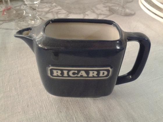 Petit pichet Ricard bleu. Ref.0453A
