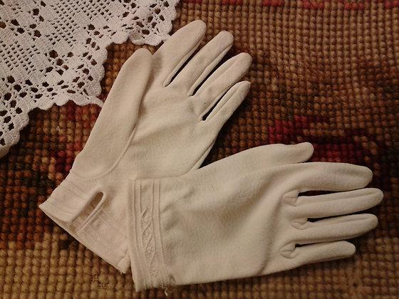 Paire de gants enfant ivoire. Ref.S0142
