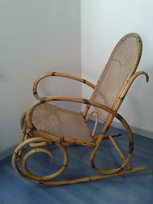 Rocking-chair rotin et cannage