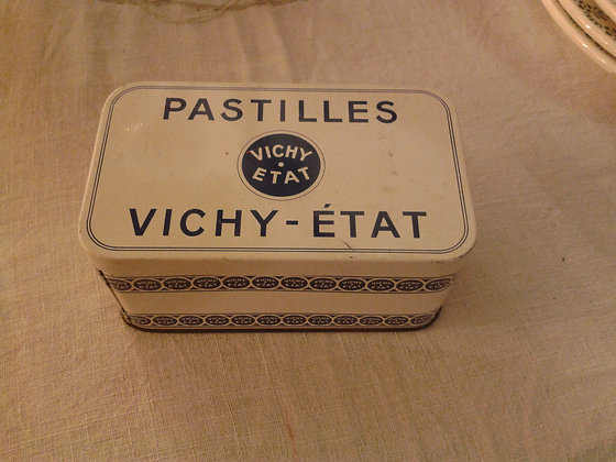 Boite pastilles Vichy-Etat. Ref.0058