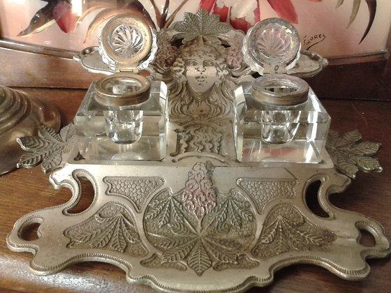 """Encrier """"Art Nouveau"""" de style Mucha. Ref.0550"""