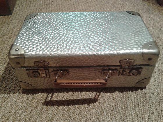 Petite valise tôle d'aluminium