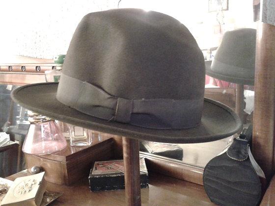 Elégant chapeau homme. Ref.0118