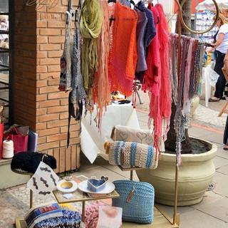 Arara no Bazar Fibra Bienal de Arte Têxtil