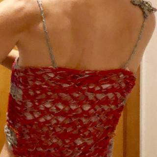 lame vermelho vestidad costas.jpg