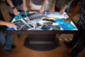 Multitouch-Coffee-Tables-from-Ideum-0.jp