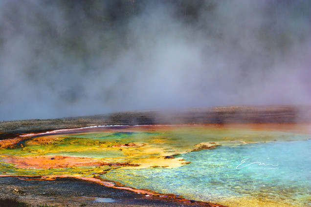 Yellowstone_Springs-20.jpg