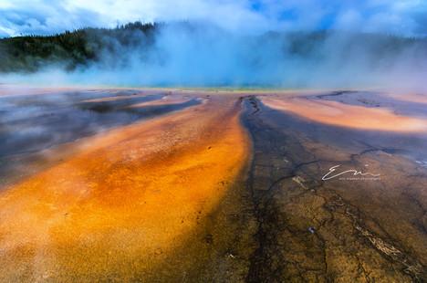 Yellowstone_Springs-10.jpg
