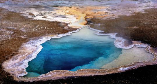 Yellowstone_Springs-4.jpg