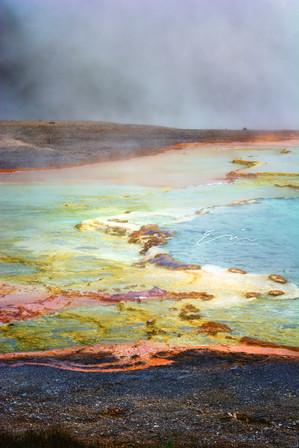 Yellowstone_Springs-21.jpg