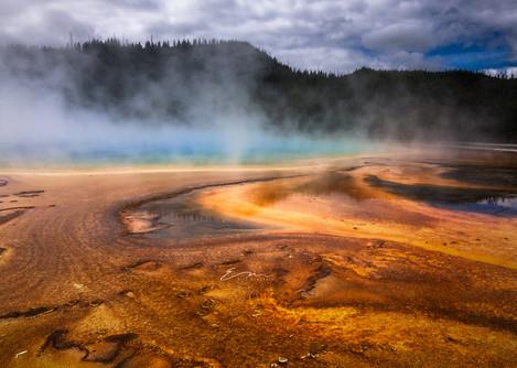 Yellowstone_Springs-9.jpg