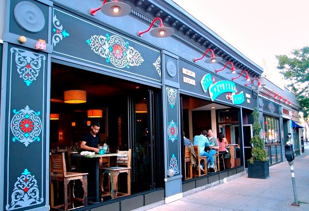 Painted Burrito, is one of our favorite places around Boston where you can eat great Mexican food, and practice your Spanish while immersing in the Hispanic culture.