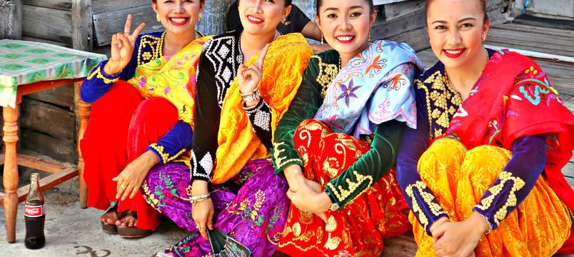 Sama Dancers -Tabawan.jpg