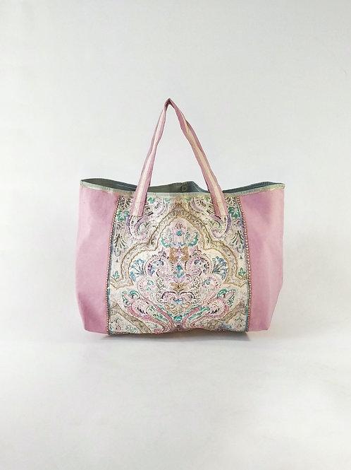Tote bag con diseño bordado con beads de cristal y lentejuelas