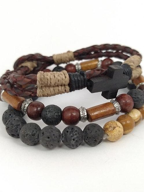 Pulseras de cuero trenzado con bolas de piedras y madera