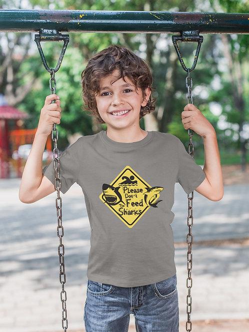 Camiseta Infantil Please Don´t Feed the Sharks