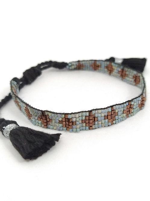 Pulsera con beads de piedras naturales color tierra y celeste