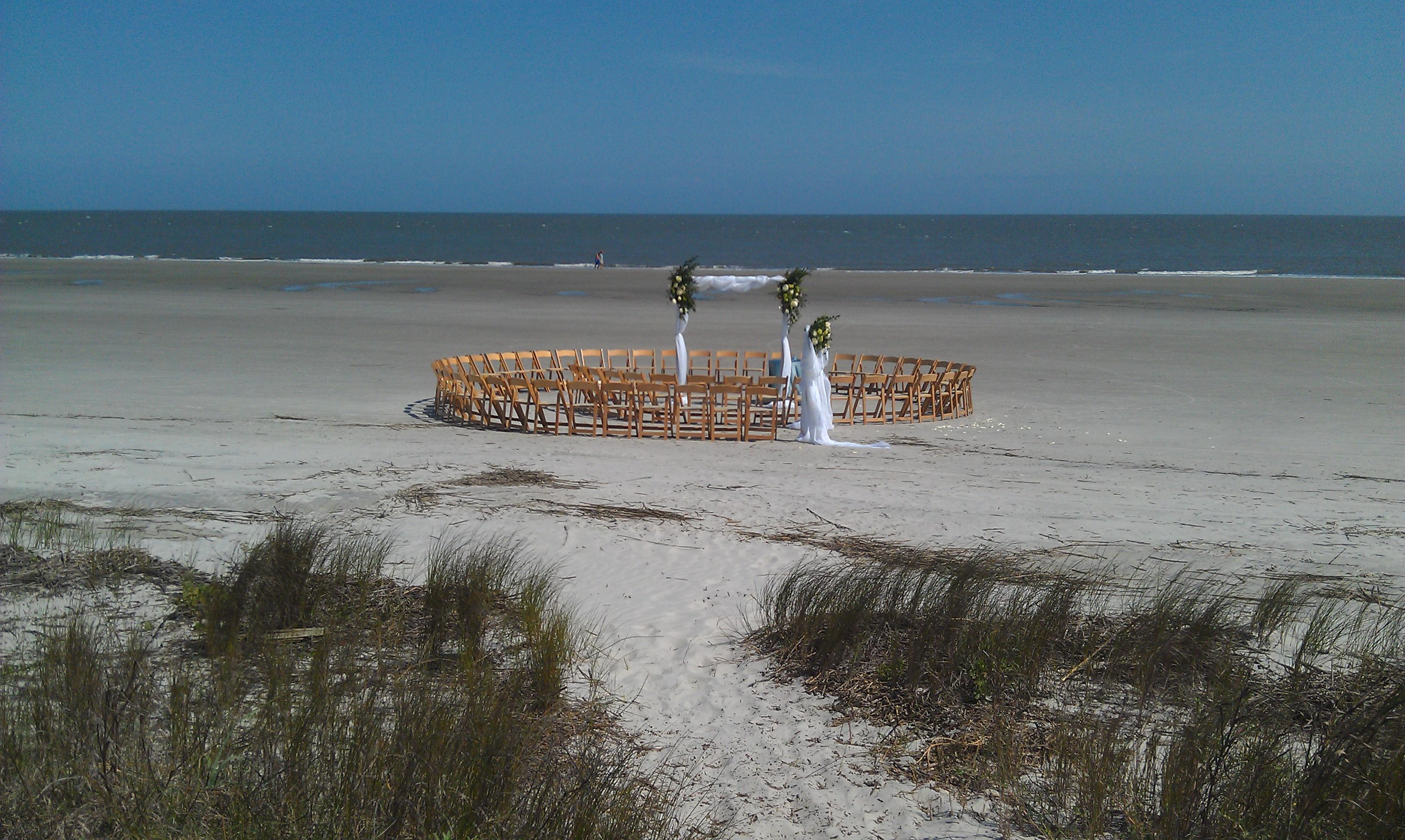 Infinity Circle Beach Ceremony.jpg